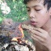 Primitive Technology – Survival Skill Catch And Cook Crab – Wilderness Technology – Brave Wilderness